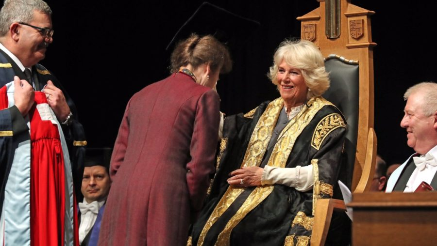 Camilla presents Anne with honorary degree.