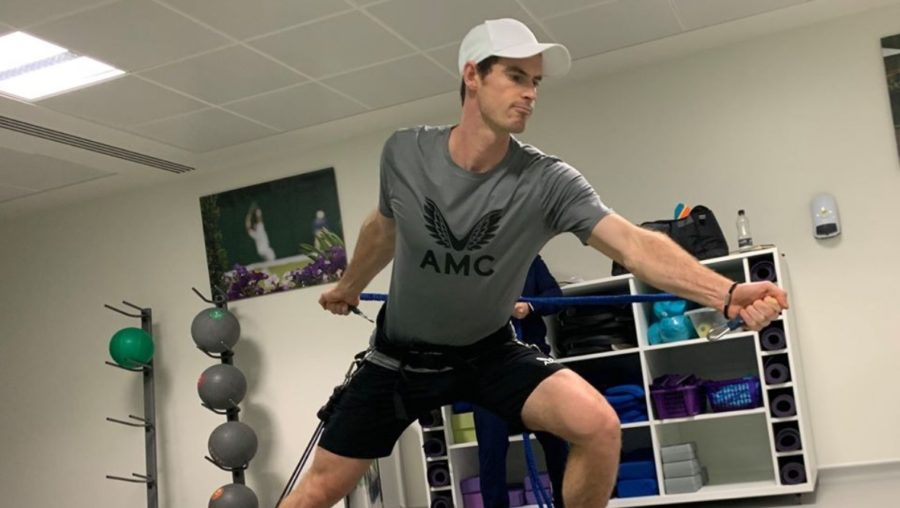 Murray posted an image of himself working out in the gym on Thursday.