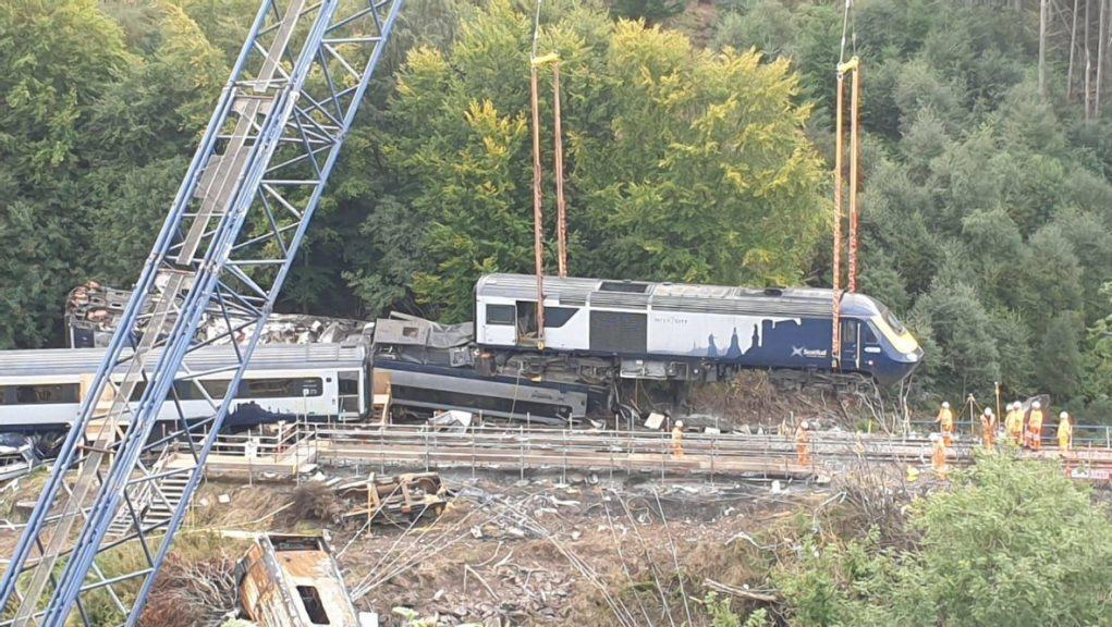 Derailment: Last of the carriages has left the site.