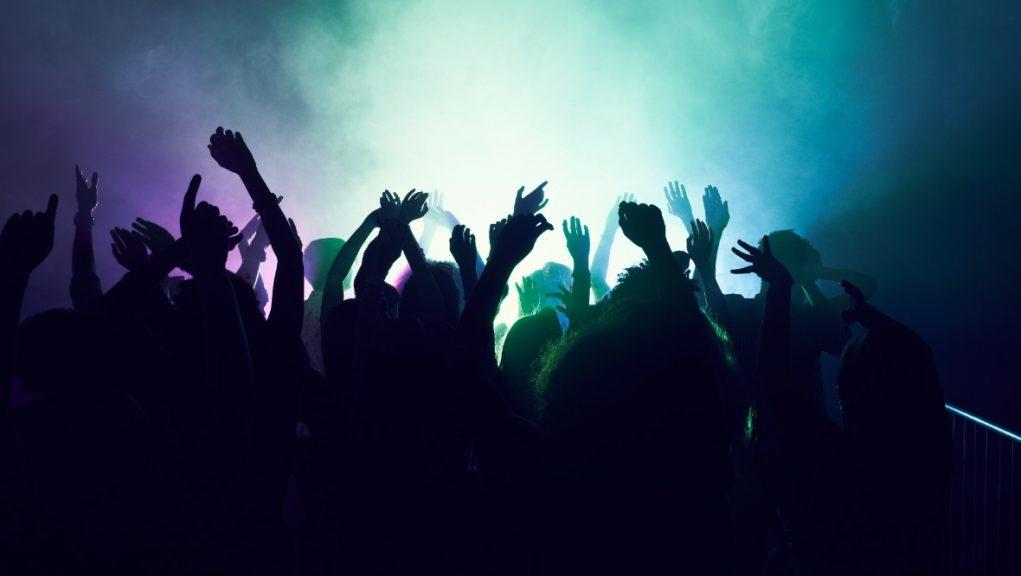 Nightclubs: Industry 'drowning', say bosses.