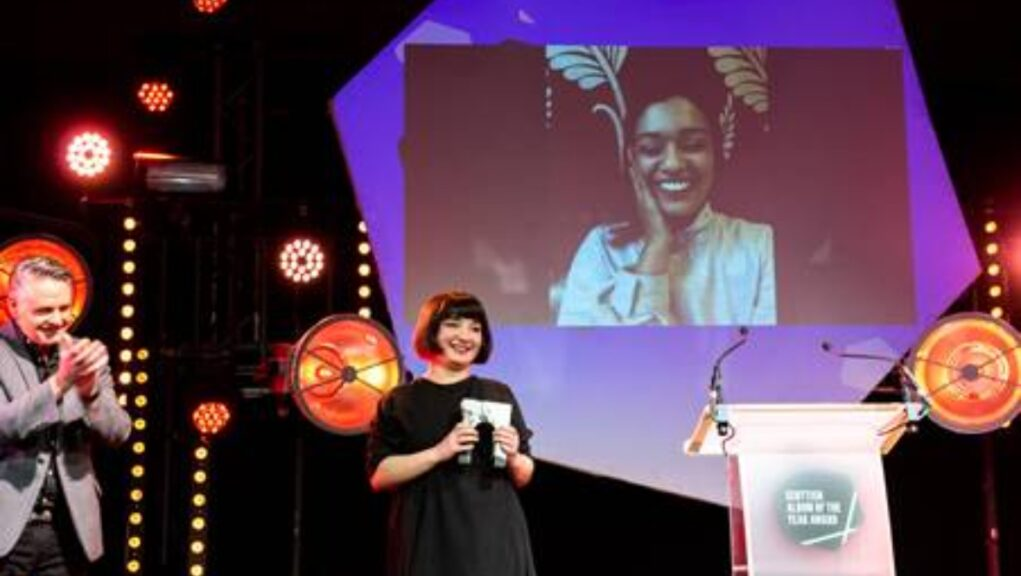 Win: Nova accepts SAY Award for album Re-Up.