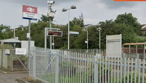 Station: Young woman harassed by three boys.