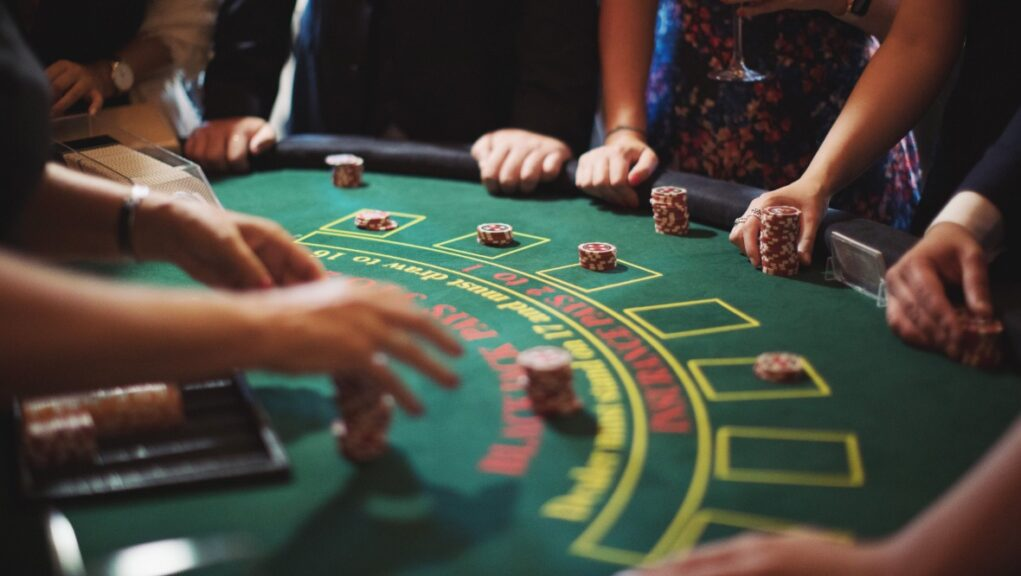 Gambling industry: Plea to change rules.