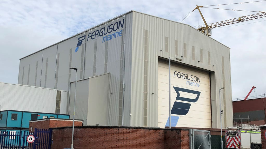 Island minister Paul Wheelhouse said the report did not fully reflect contractor Ferguson Marine's 'non-performance'.