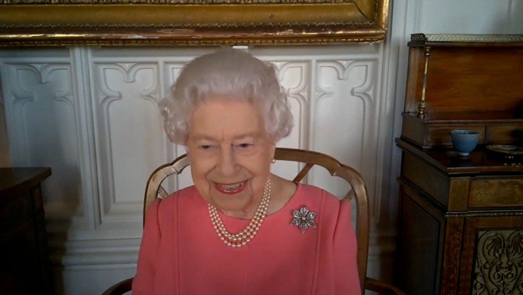 Queen speaking via video call with top UK health officials.