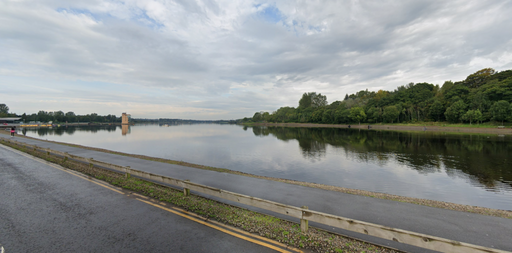 Emergency services were called to Strathclyde Country Park.