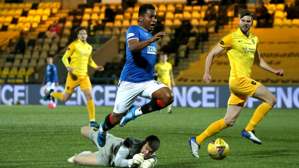 Morelos: Booked for diving.