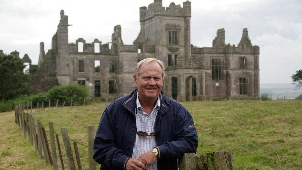Jack Nicklaus with Ury House in the background.