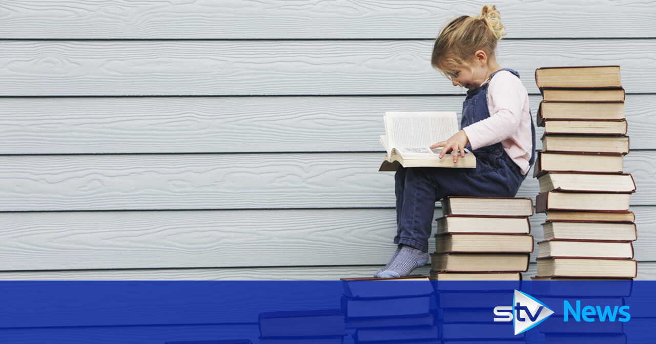 Pupils 'read more difficult books during school closures'