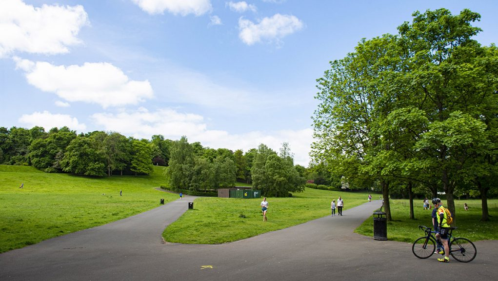 Queen's Park lies in both the G41 and G42 postcodes areas of Glasgow's south side.