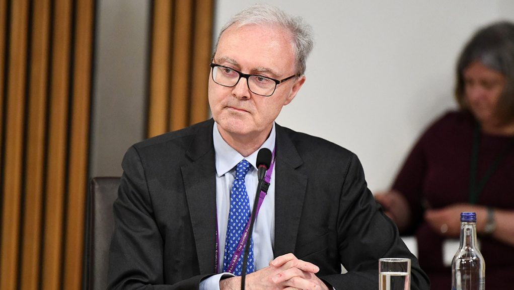The position currently sees a senior lawyer both heading up Scotland's prosecution service and also advising ministers on legal manners.