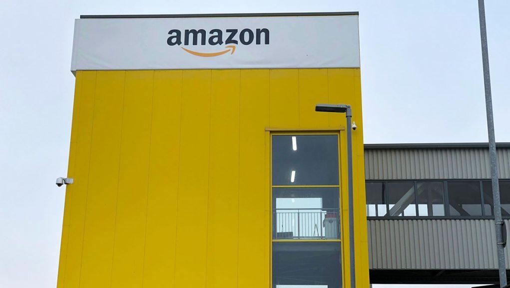 The Amazon Fulfilment Centre in Dunfermline.