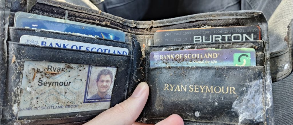 Reunited: Ryan Seymour's wallet was stolen in 2004.