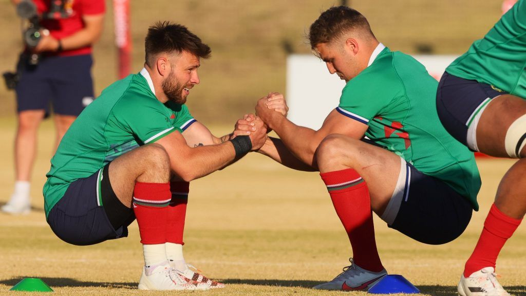 Duhan van der Merwe and Ali Price will start against South Africa.