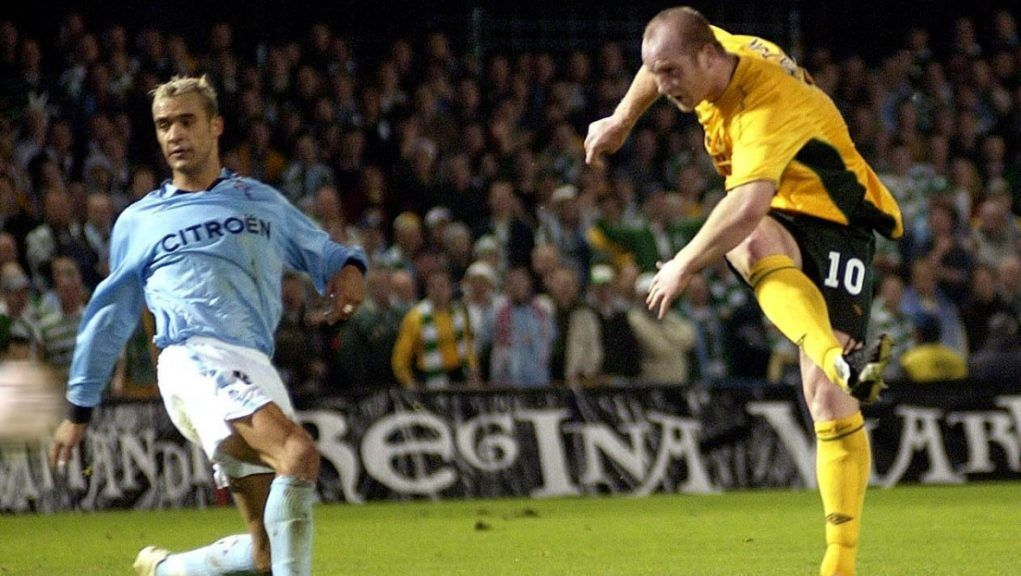 John Hartson's strike in Spain sent Celtic on their way to the UEFA Cup final.