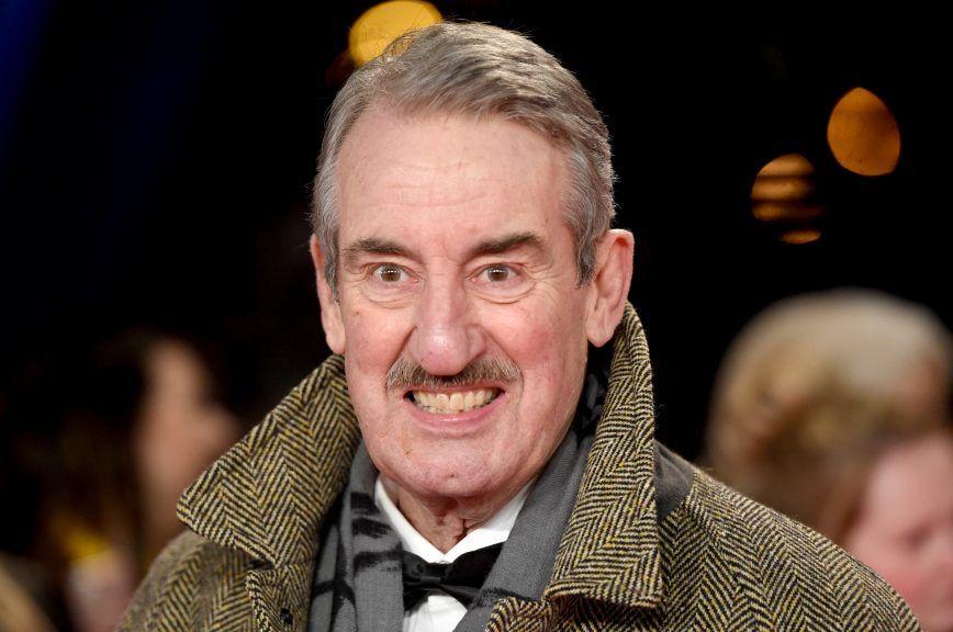 Only Fools And Horses star John Challis has died.
