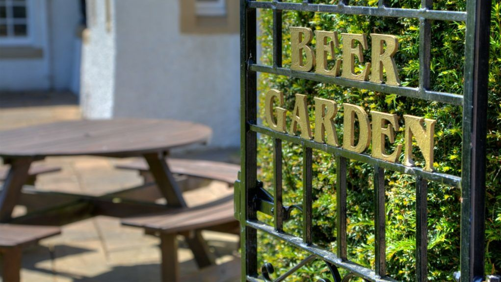 Plans: A Renfrewshire pub has been refused permission to open a beer garden.