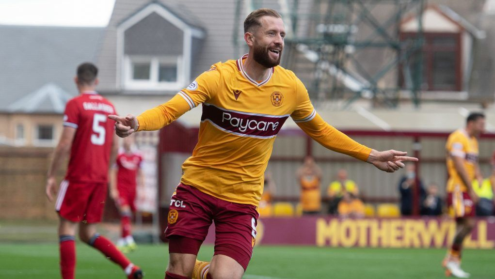 Kevin van Veen believes he can cause Rangers trouble at Ibrox.