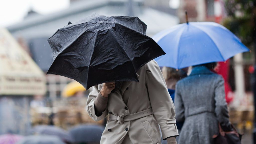 Yellow warning: Met Office issues warning for heavy rain and wind.